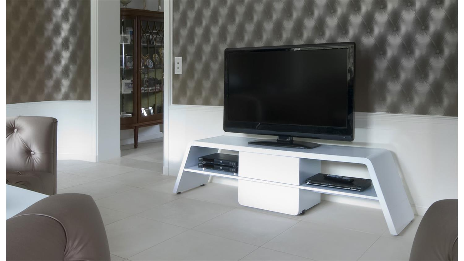 tv bank cu culture m 170 in hochglanz weiss von jahnke m bel. Black Bedroom Furniture Sets. Home Design Ideas