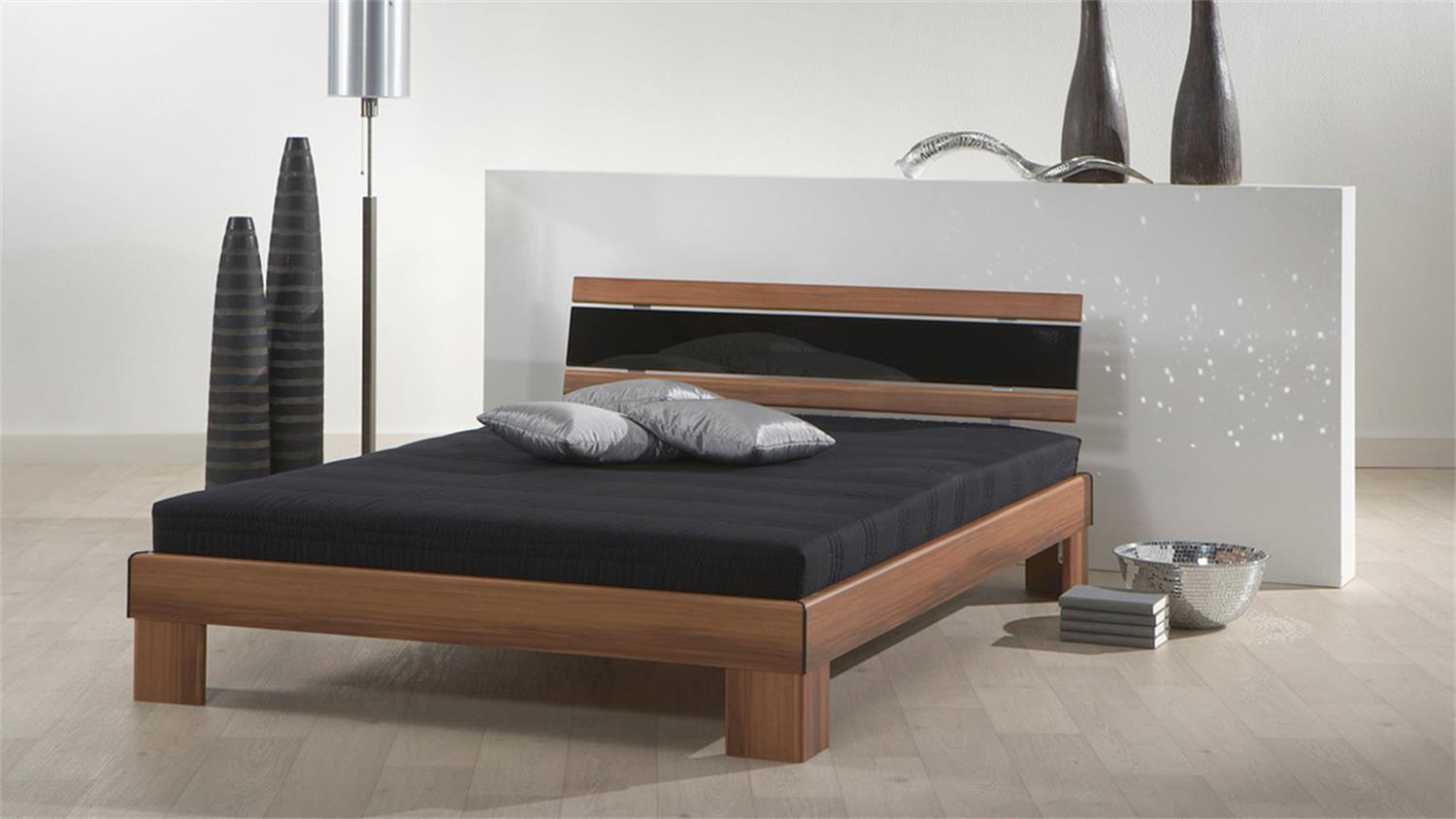 betten mit matratze 140x200 28 images bett massivholz 140x200 lattenrost matratze in ikea. Black Bedroom Furniture Sets. Home Design Ideas