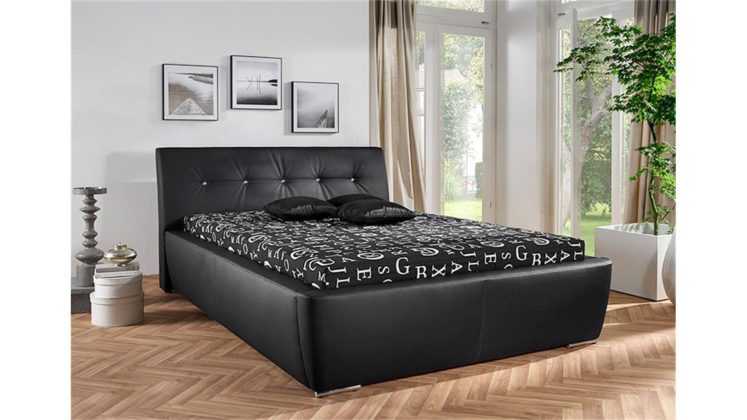 polsterbett cyrano schwarz mit glitzersteinen 140x200 cm. Black Bedroom Furniture Sets. Home Design Ideas
