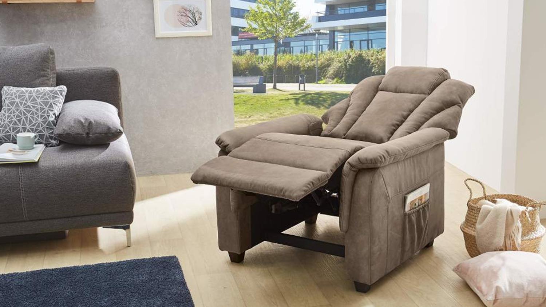 fernsehsessel frankfurt sessel sofa mit funktion in antiklook braun. Black Bedroom Furniture Sets. Home Design Ideas