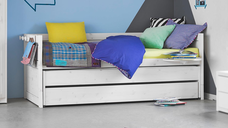 kojenbett kiefer massiv 90x200 stunning kojenbett x massiv kiefer with kojenbett kiefer massiv. Black Bedroom Furniture Sets. Home Design Ideas