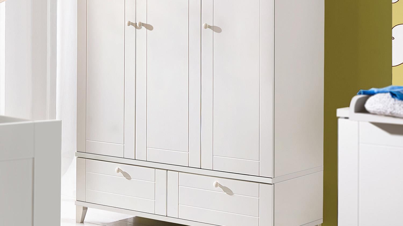 kleiderschrank bella schrank 3 t rig in wei matt babyzimmer. Black Bedroom Furniture Sets. Home Design Ideas