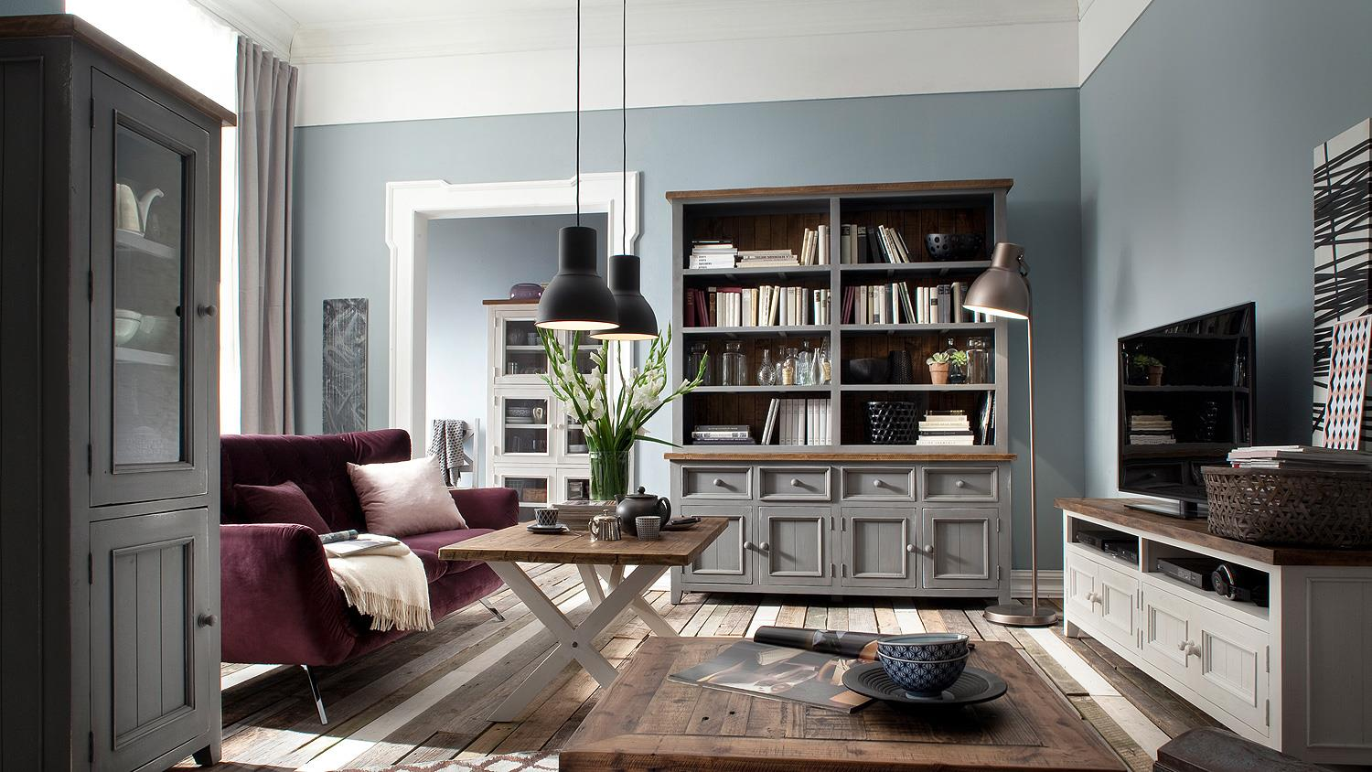 regal byron kiefer massiv in antik grau vintage braun. Black Bedroom Furniture Sets. Home Design Ideas