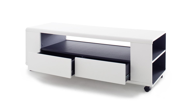 lowboard rollen lowboard aus lackiertem mangoholz mit antikfinish auf rollen with lowboard. Black Bedroom Furniture Sets. Home Design Ideas