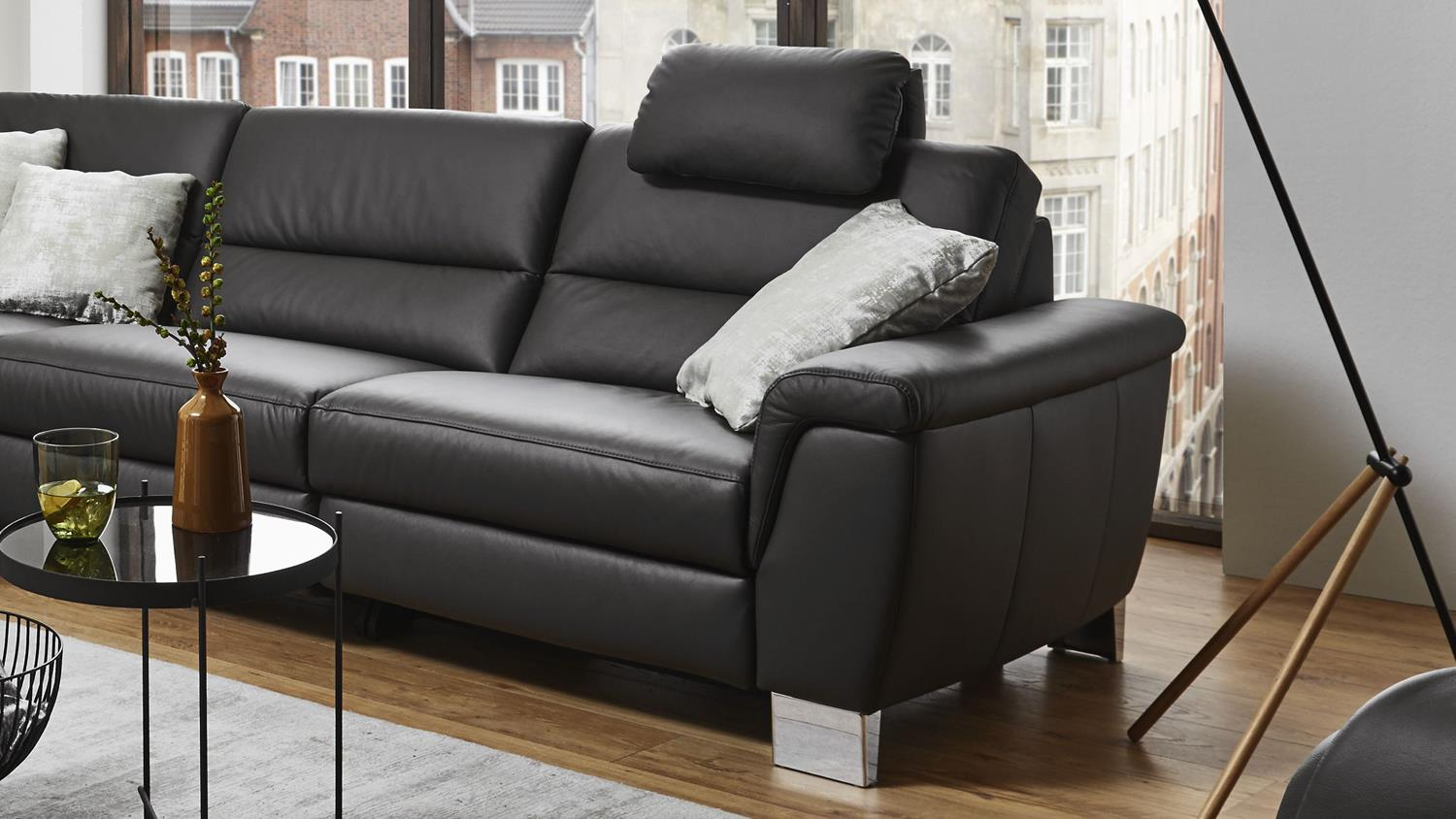 ecksofa sarina bezug in leder schwarz f e metall inkl nosagfederung. Black Bedroom Furniture Sets. Home Design Ideas