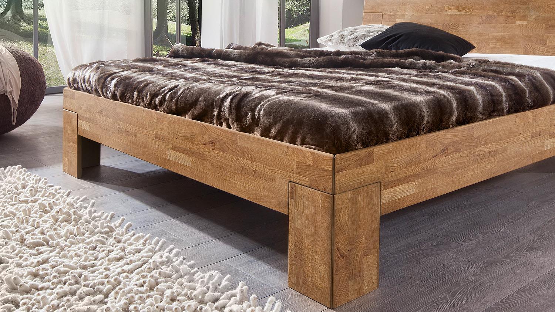 bett sara schlafzimmerbett bettgestell in wildeiche massiv 160x200 cm. Black Bedroom Furniture Sets. Home Design Ideas
