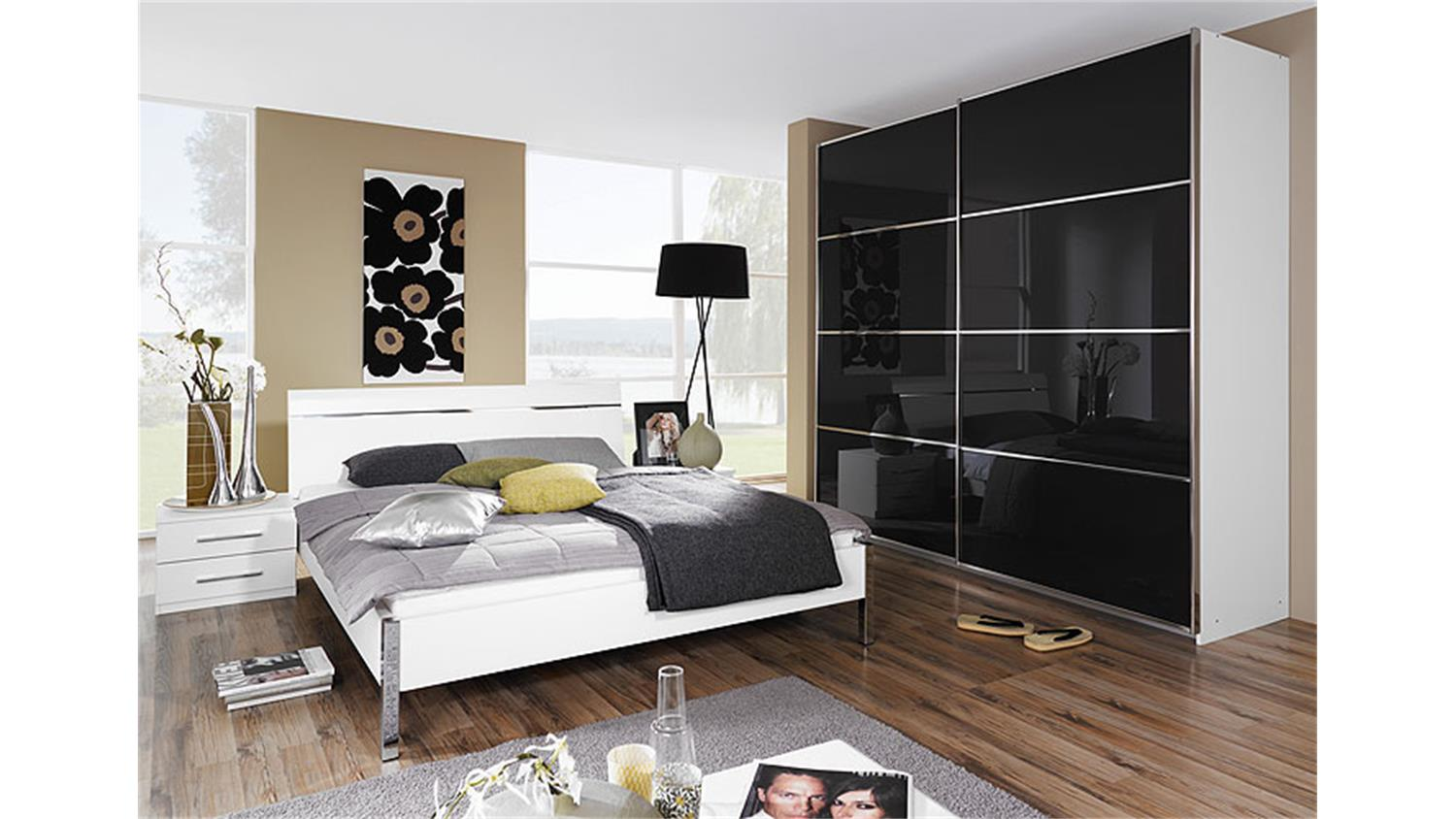 bett perfora schlafzimmerbett doppelbett in wei chrom 140. Black Bedroom Furniture Sets. Home Design Ideas