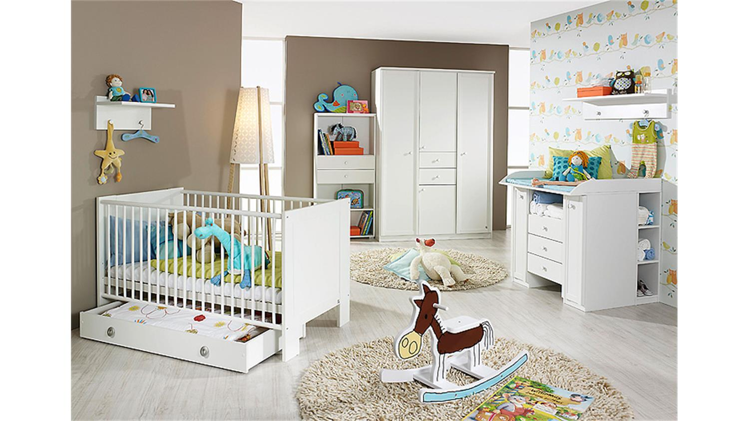 babyzimmer set leni komplett kinderzimmer in wei 9 teilig. Black Bedroom Furniture Sets. Home Design Ideas