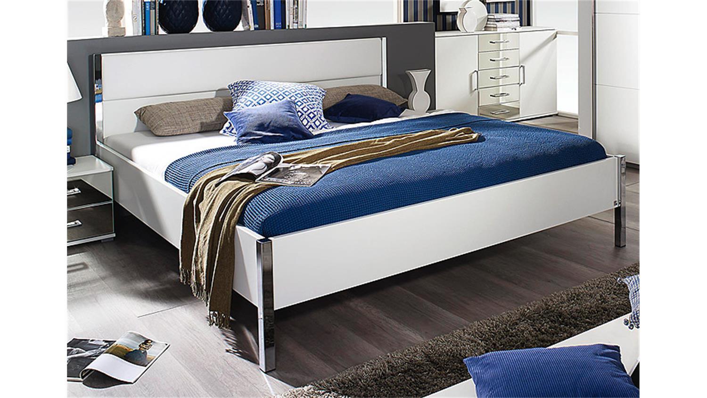 futonbett moita in wei und lederlook wei 180x200 cm. Black Bedroom Furniture Sets. Home Design Ideas