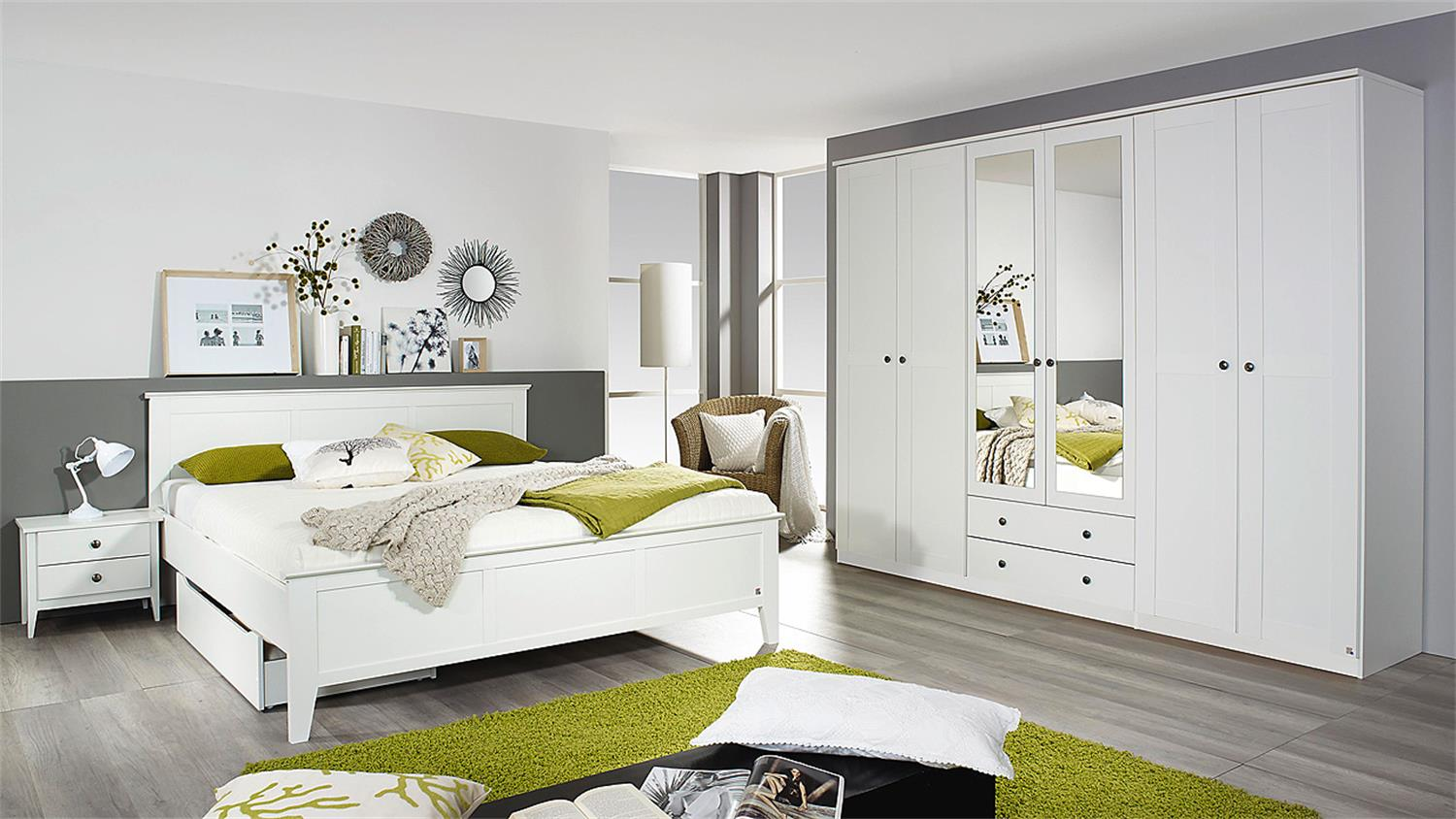 schlafzimmer 2 rosenheim bett schrank nachttisch in wei. Black Bedroom Furniture Sets. Home Design Ideas