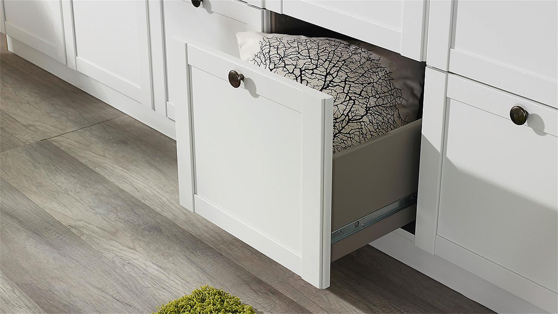 schlafzimmer rosenheim gera bett schrank nachttisch in wei. Black Bedroom Furniture Sets. Home Design Ideas