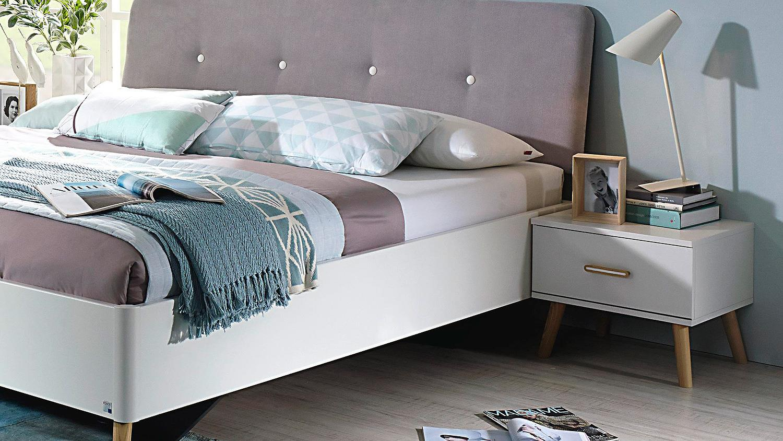 bett mit schrank design kommode overlap bett schrank. Black Bedroom Furniture Sets. Home Design Ideas