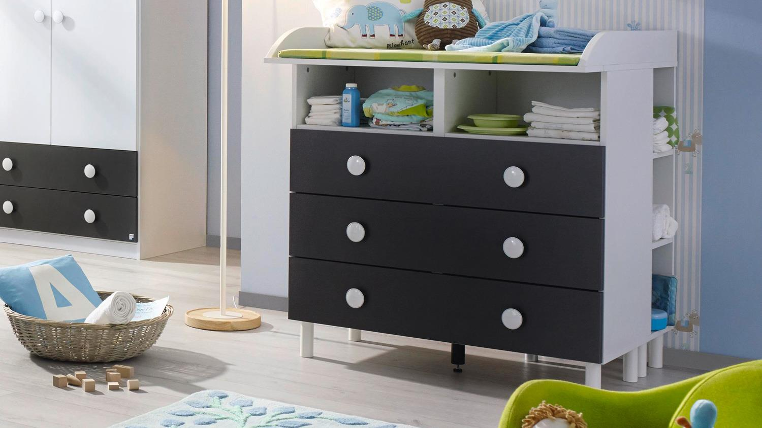babyzimmer filipo kinderzimmer komplett set wei grau metallic 3 tlg. Black Bedroom Furniture Sets. Home Design Ideas