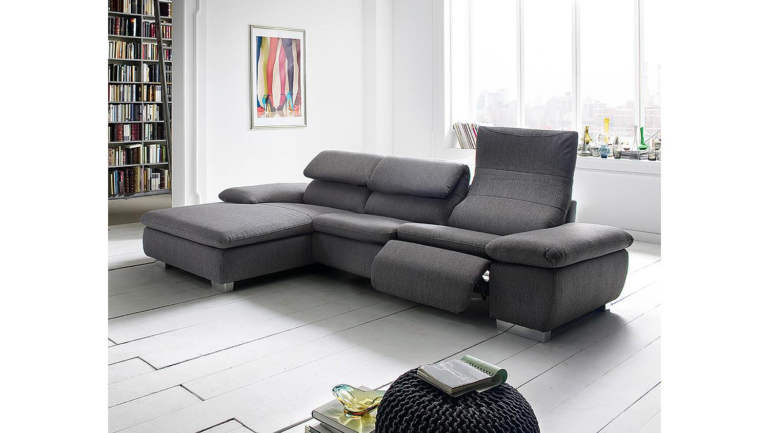 Sofa garnitur mit relaxfunktion die neueste innovation for Sofa garnitur