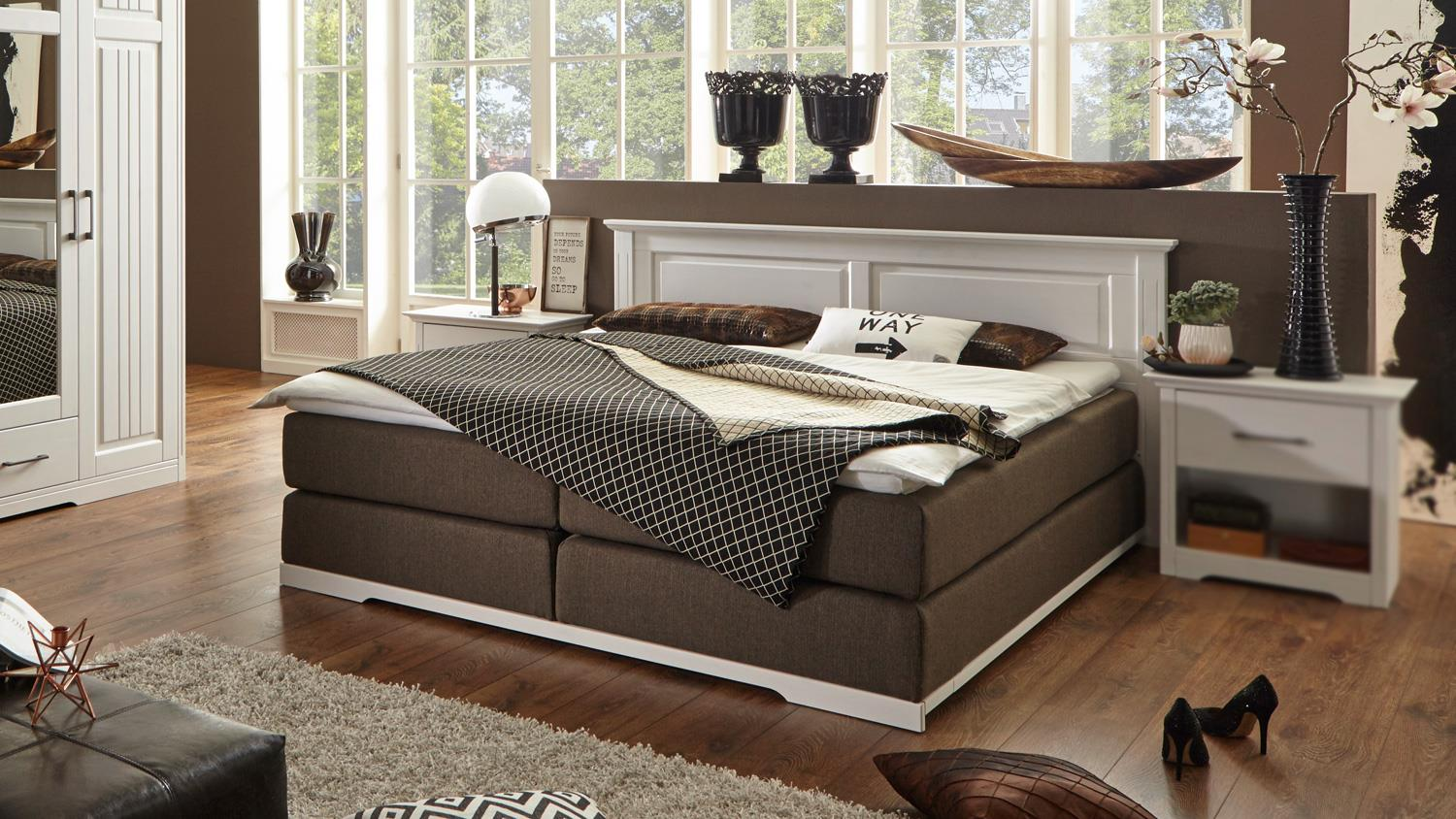 boxspringbett kalas bett schlafzimmerbett kiefer massiv wei 180x200. Black Bedroom Furniture Sets. Home Design Ideas
