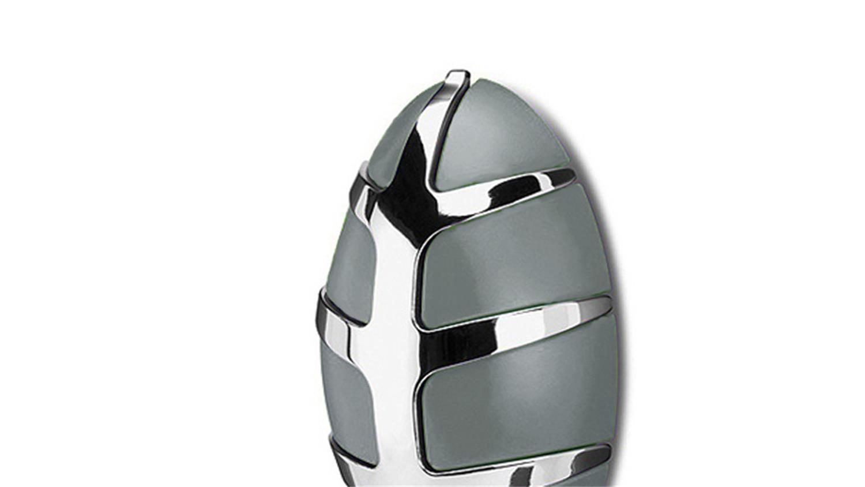 garderobe bug spinder design wandgarderobe grau und chrom. Black Bedroom Furniture Sets. Home Design Ideas