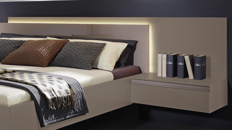 schlafzimmer atami bettanlage nachtkommode schrank in fango. Black Bedroom Furniture Sets. Home Design Ideas