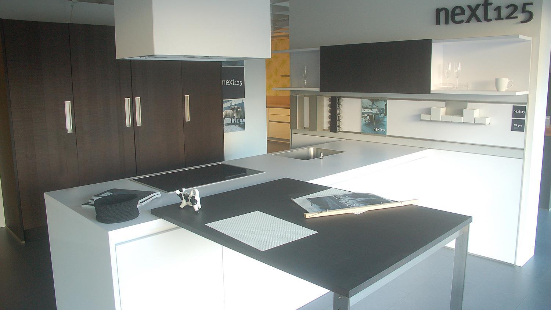 H Küche mit E-Geräte NL501 - Koje 8 HF
