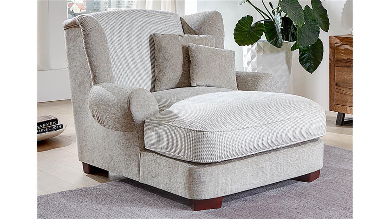 big sessel mit hocker williamflooring. Black Bedroom Furniture Sets. Home Design Ideas