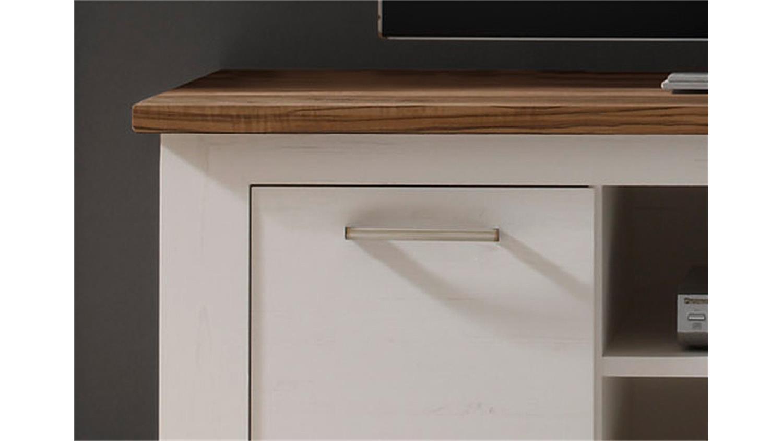 tv board nussbaum great lowboard nussbaum wei tv board lowboard dore in wei nussbaum mit with. Black Bedroom Furniture Sets. Home Design Ideas
