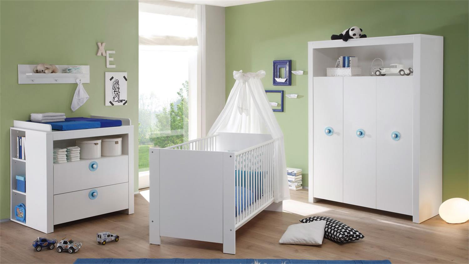 babyzimmerset olivia 5 teilig front und korpus wei griffe blau. Black Bedroom Furniture Sets. Home Design Ideas