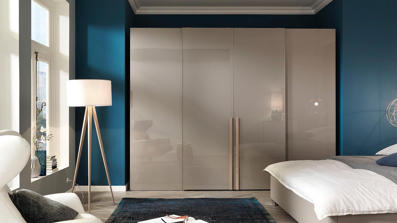 schwebet renschrank ineo schrank begehbar tr ffel. Black Bedroom Furniture Sets. Home Design Ideas