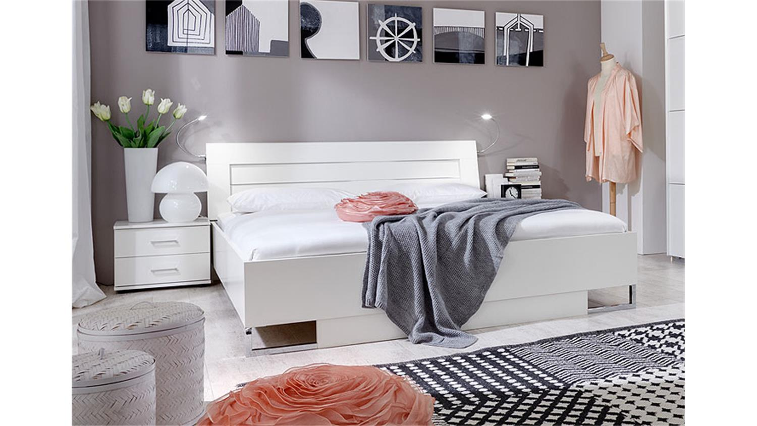 futonbett davos bett 180x200 cm alpinwei und chromf e. Black Bedroom Furniture Sets. Home Design Ideas