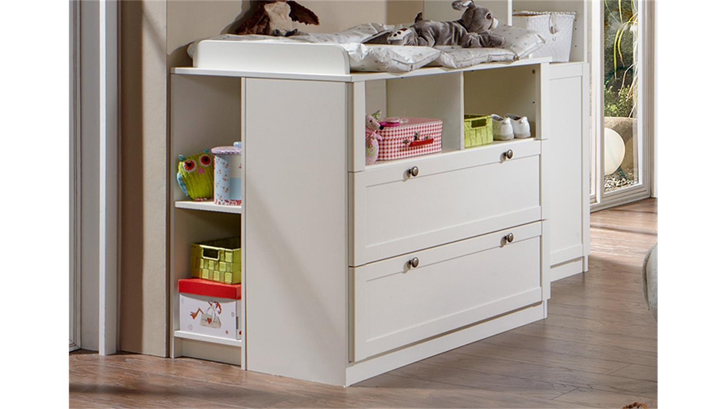 dekor wickeltisch babyzimmer home design ideen. Black Bedroom Furniture Sets. Home Design Ideas