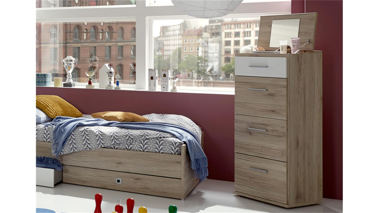 jugend m dchenzimmer mit begehbaren kleiderschrank. Black Bedroom Furniture Sets. Home Design Ideas