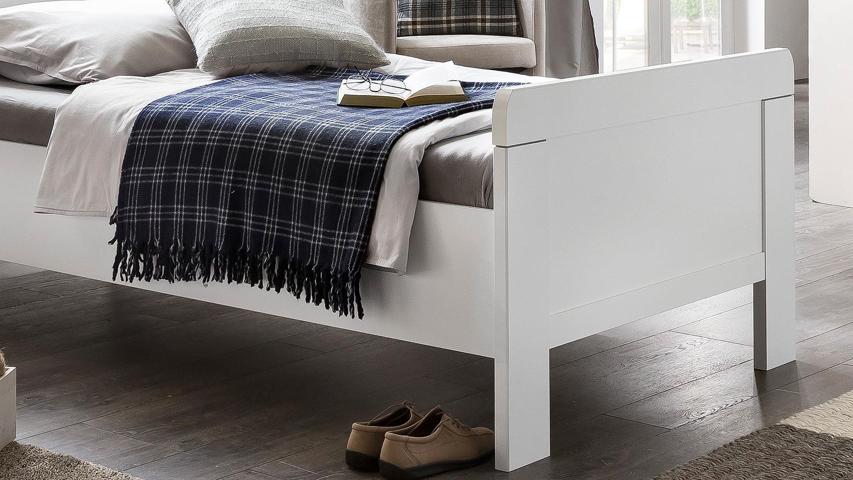 bett nadja bettgestell einzelbett f r schlafzimmer in wei 90x200. Black Bedroom Furniture Sets. Home Design Ideas