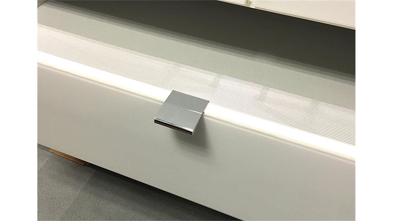 LOFT Schrank in weiß und Weißglas 300 cm