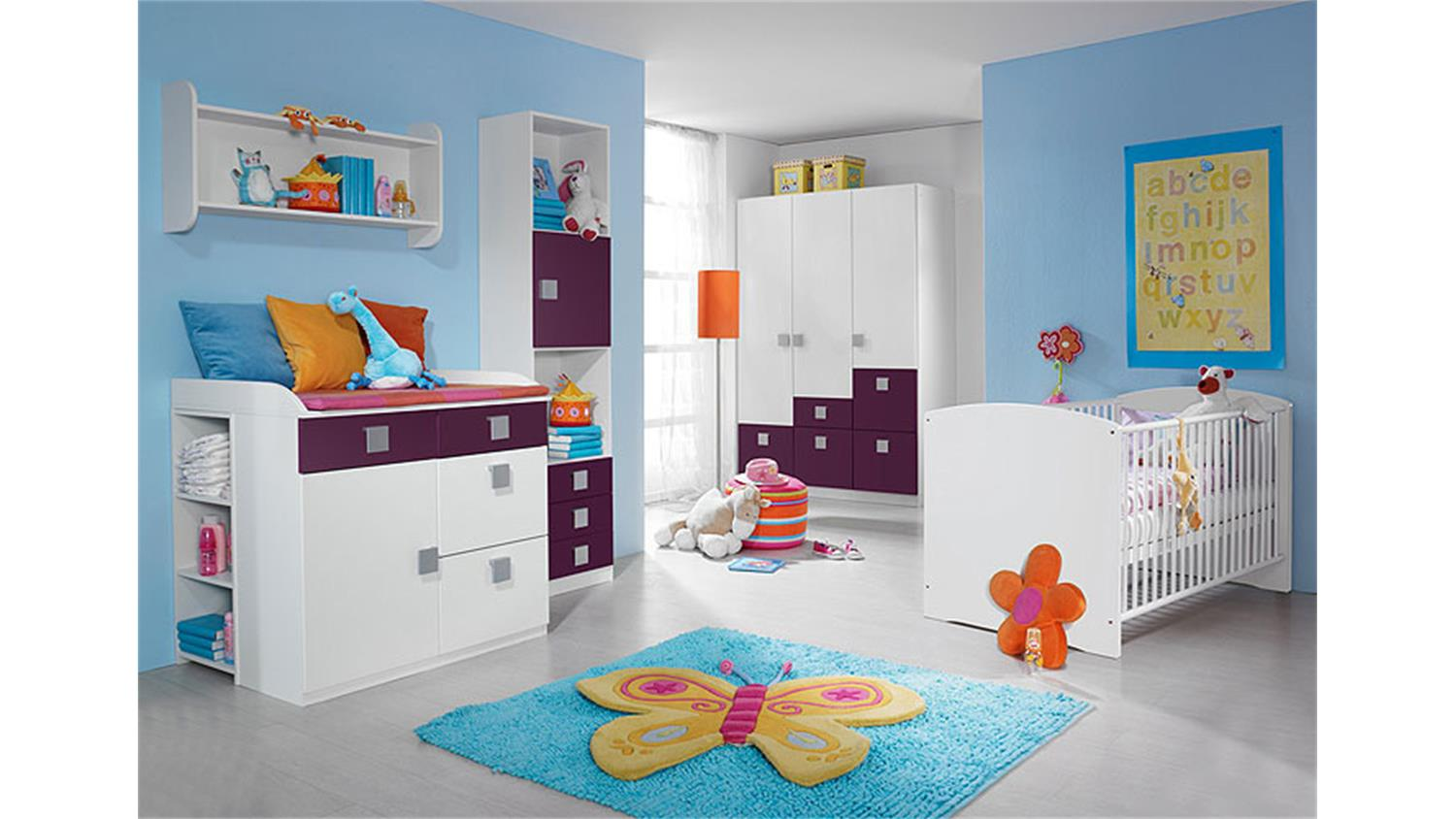babyzimmer skate kinderzimmer in wei und lila 3 teilig. Black Bedroom Furniture Sets. Home Design Ideas
