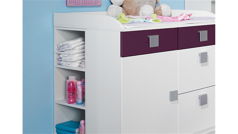 babyzimmer skate kinderzimmer mit eckschrank in wei lila. Black Bedroom Furniture Sets. Home Design Ideas