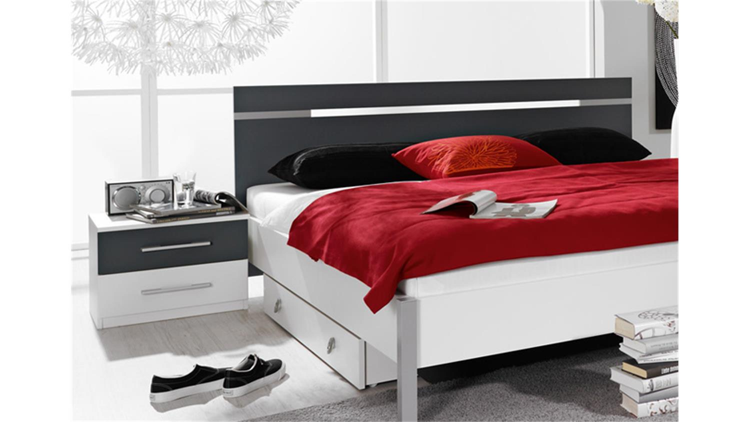schlafzimmerset ronco schlafzimmer in wei dekor und grau. Black Bedroom Furniture Sets. Home Design Ideas