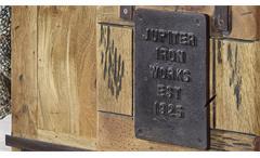Truhe Gingo Mangoholz rustikal massiv lackiert Eisen Beistelltisch Holztruhe