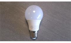 LED Leuchtmittel E27 GLOBE 7 Watt 560 Lumen 3000 Kelvin