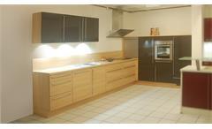 Einbauküche Nobilia Ausstellungsküche in Ulme und braun mit E-Geräte