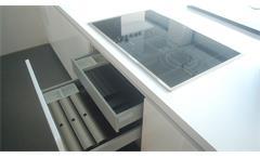 Einbauküche Schüller Ausstellungsküche Küche Insel weiß Hochglanz mit E-GeräteEinbauküche Schüller A