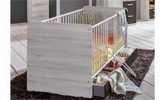 Babybett Cariba Babyzimmer Bett in Weißeiche mit Schlupfsprossen und Bettkasten