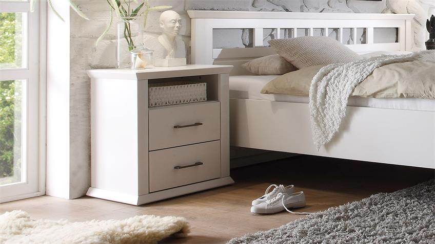 Schlafzimmer EMMA Schrank Bett Nako Kiefer teilmassiv weiß