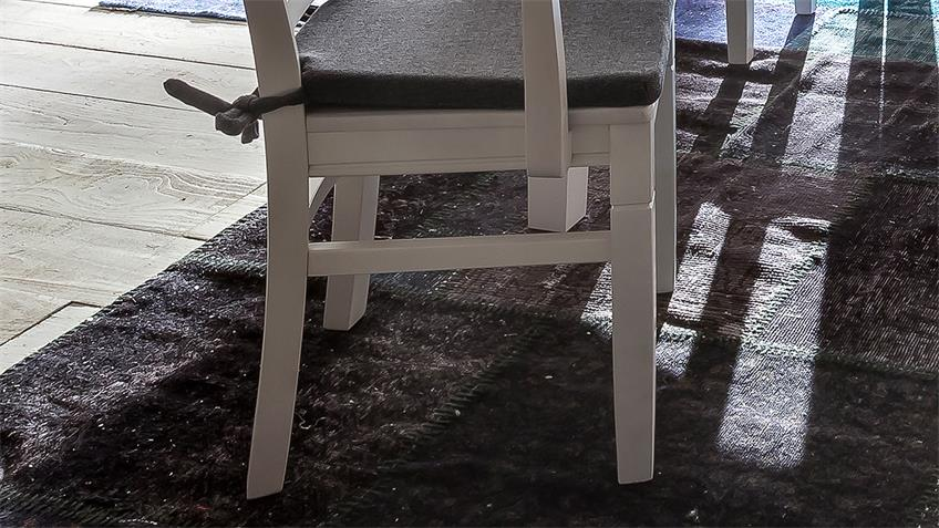 Armlehnstuhl LEONA in Buche massiv weiß lasiert grau