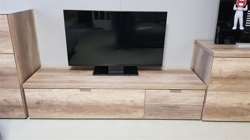tv board cleo 12 wildeiche 1 klappe 2 schubk sten von cs schmal. Black Bedroom Furniture Sets. Home Design Ideas