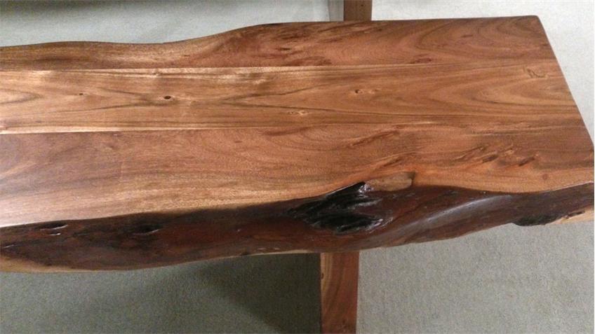 Tischgruppe RIVA Baumtisch und 2 Bänke Akazie Massivholz lackiert