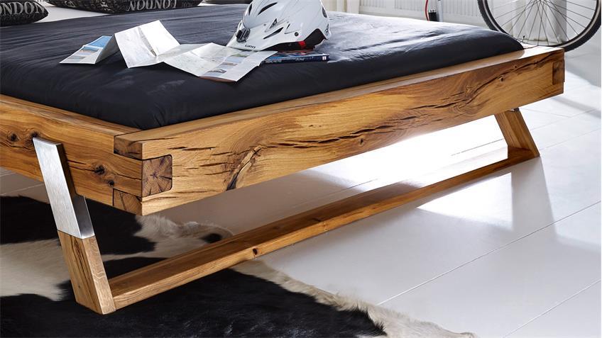 Massivholz Balkenbett BE-0276 Bett aus Wildeiche 180x200 Füße Edelstahl