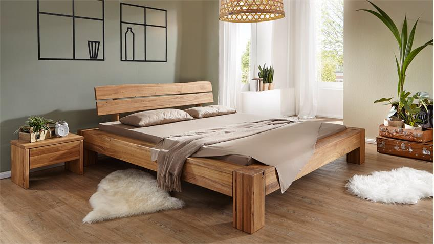 balkenbett in wildeiche massiv ge lt kopfteil mit. Black Bedroom Furniture Sets. Home Design Ideas