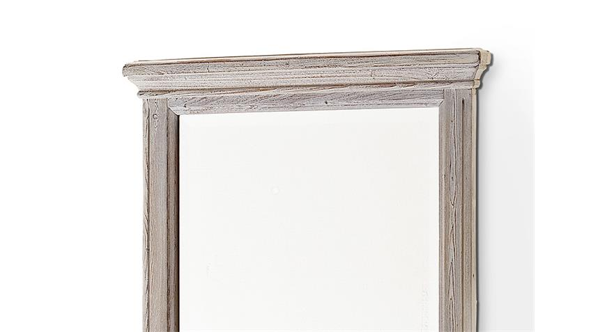 Spiegel OPUS Wandspiegel in Kiefer massiv weiß Vintage