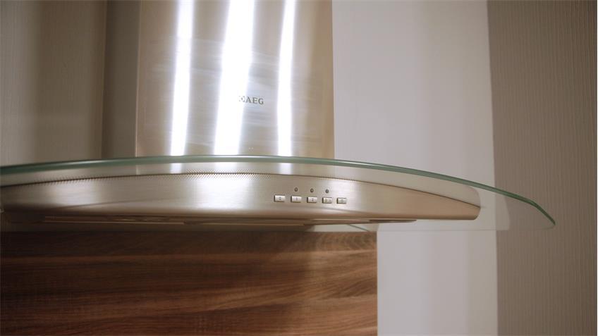 Einbauküche Nobilia Ausstellungsküche magnolia matt Country Oak E-Geräte