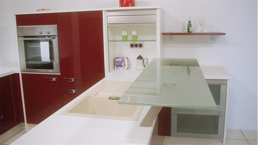Einbauküche Nobilia Ausstellungsküche bordeaux Hochglanz weiß E-Geräte