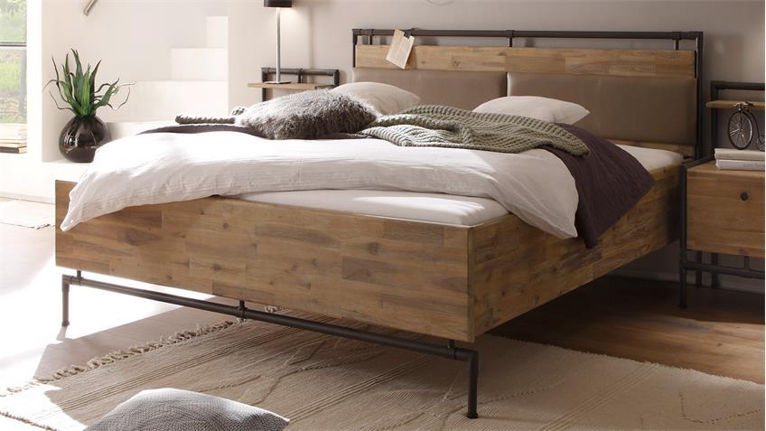 Bett TRE Akazie massiv sägerau gebürstet braun 140x200 cm