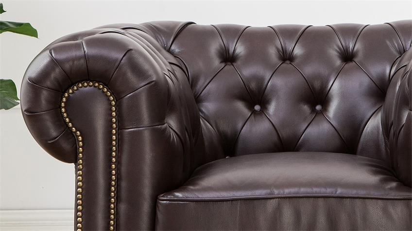 Sessel Chesterfield in Antik dunkelbraun glänzend mit Steppung